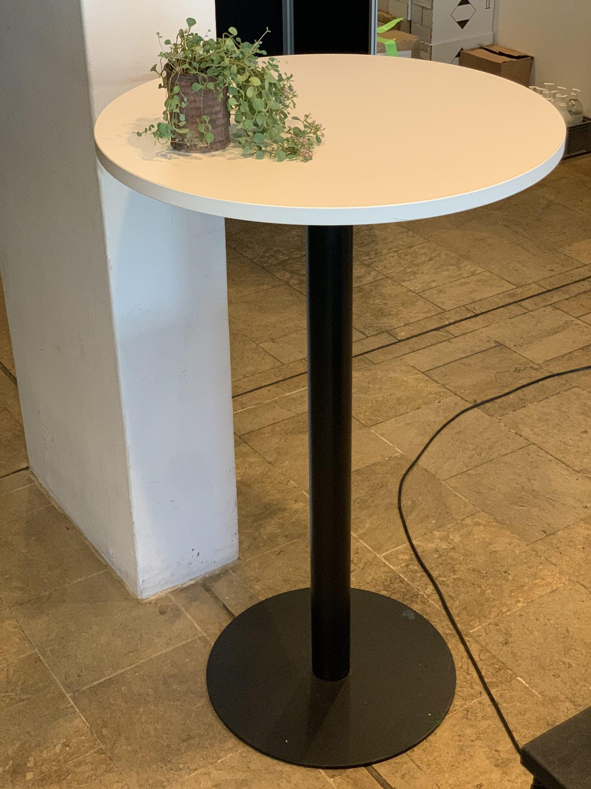 High cafe table, black / white, 115 x 70 cm